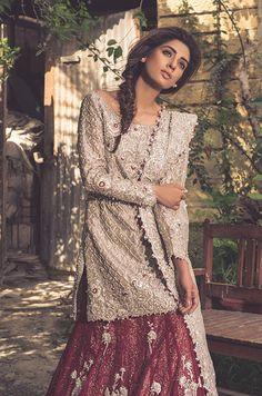 Pakistani Bridal Heavy Lehnga Choli for Wedding in classy look emblazoned with pretty embroidery work. Available with Fast Delivery in USA. Pakistani Couture, Pakistani Bridal Wear, Pakistani Wedding Dresses, Indian Dresses, Indian Outfits, Bridal Dresses, Pakistani Outfits, Jamawar Dresses, Red Lehenga