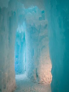Ice Castles in Silverthorne, Colorado Beautiful Nature Pictures, Amazing Nature, Nature Photos, Beautiful Places, Snow And Ice, Fire And Ice, Scenic Photography, Landscape Photography, Night Photography