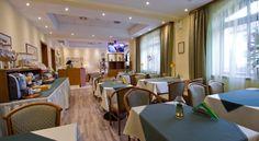 Booking.com: Hotel Brasov , Braşov, Romania - 337 Guest reviews . Book your hotel now!