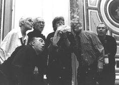 Alison Knowles, Philip Corner, Larry Miller, Eric Andersen, Ben Patterson et Ben Vautier Interprètent Silent Music de Takako Saito (Gênes, Italie, février 2002) Fluxus Art, Sound Art, Art Music, Larry, Corner, Image