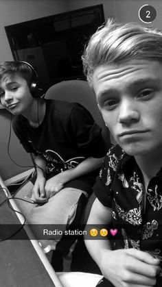 I love Charlie soo much and Leo is so awesome❤❤ They are so amazing ❤❤