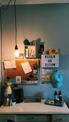 Lovely Dorm Room Organization Ideas On A Budget ~ Home Design Ideas Dorm Room Organization, Organization Ideas, Living Room Decor, Bedroom Decor, Wall Decor, Bedroom Ideas, Room Goals, Aesthetic Rooms, Home And Deco
