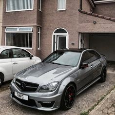 """10.1 k mentions J'aime, 24 commentaires - AMGGANG (@amggang) sur Instagram : """"M o n e y @7mpg_ __ Tag #amggang for a feature __ Tag some friends ⤵ #c63 #w204 #mbusa…"""""""