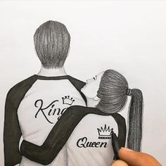pencil sketch step by step drawings videos cute couple pencil sketch Pencil Sketches Easy, Cute Couple Drawings, Art Drawings Sketches Simple, Girl Drawing Sketches, Dark Art Drawings, Girly Drawings, Art Drawings Beautiful, Pencil Art Drawings, Eye Drawings