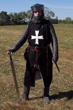 "Hospitaller knight in the ""tranny helm"" - a photo on Flickriver"