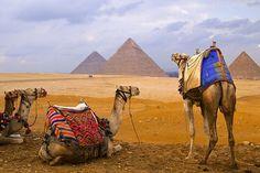Vacaciones en Egipto, Las Pirámides  http://www.espanol.maydoumtravel.com/Paquetes-de-Viajes-Cl%C3%A1sicos-en-Egipto/4/1/29