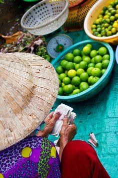 Ben Thanh Market, Ho Chi Minh City, Vietnam http://viaggivietnam.asiatica.com/