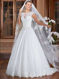 Gardênia 16 - frente #coleçãogardenia #vestidosdenoiva #noiva #weddingdress #bride #bridal #casamento #modanoiva