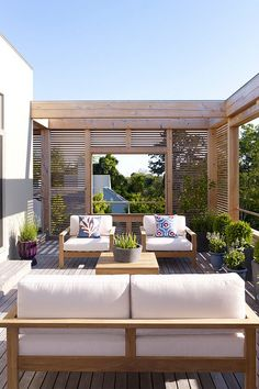 Outdoor Living - Dreamy Pergola Ideas for Our Deck Rooftop Terrace Design, Rooftop Patio, Outdoor Balcony, Outdoor Seating, Outdoor Decor, Terrace Ideas, Outdoor Pergola, Backyard Patio, Outdoor Spaces
