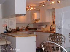 Condo/Apartment  2 Bedrooms, sleeps 6  2 Bathrooms  $132