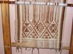 Kultura Mapuche: Antecedentes del Telar Mapuche Textiles, Arte Popular, Weaving, Crochet, Margarita, South America, Home Decor, Dreams, Inspiration