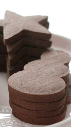 Cookie Chocolate Sugar Cookie Recipe ~ the perfect cut out cookie which holds its shape.Chocolate Sugar Cookie Recipe ~ the perfect cut out cookie which holds its shape. Chocolate Sugar Cookie Recipe, Sugar Cookies Recipe, Yummy Cookies, Chocolate Cookies, Chocolate Roll, Cut Out Sugar Cookies, Shaped Cookies Recipe, Chocolate Christmas Cookies, Sugar Cookie Icing
