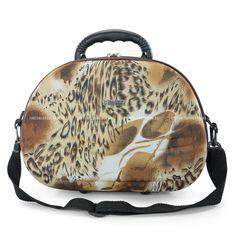 E para quem não perder as tendências nem na hora da viagem, a Di Metallo confeccionou frasqueira em estampa animal print onça, esbajando estilo e modernidade!