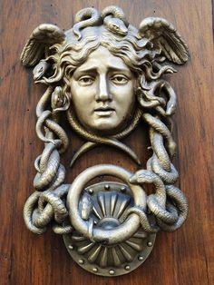 Door knocker in Rome Door Knockers Unique, Door Knobs And Knockers, Knobs And Handles, Door Hinges, Unique Doors, Cool Doors, Door Accessories, Closed Doors, Door Fittings