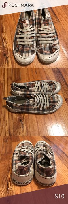 Plaid Rocket Dogs Plaid rocketdogs. Previously loved, still have a lot of life left in them! Great for spring/summer. Size ladies 10. Rocket Dog Shoes