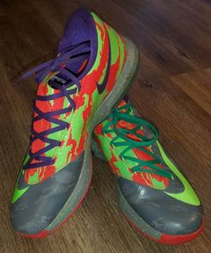 Nike KD VI 6 Energy Electric Green Crimson Gray 599424-008 Size 11.5 #Nike #BasketballShoes Nike Kd Vi, Cut Clothes, Magnetic Eyelashes, Basketball Shoes, New Outfits, Electric, Bright, Gray, Cool Stuff