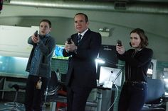 """MARVEL'S AGENTS OF S.H.I.E.L.D. - """"S.O.S.,"""" Part One and Part Two"""" - S.H.I.E.L.D. puts everything on the line to survive a war that blurs the line between friend and foe. Coulson and his team will be forced to make shocking sacrifices that will leave their relationships and their world changed forever, on the two-hour season finale of """"Marvel's Agents of S.H.I.E.L.D,"""" TUESDAY, MAY 12 (9:00-11:00 p.m., ET) on the ABC Television Network. (ABC/Mitchell Haaseth) IAIN DE CAESTECKER, CLARK GREGG…"""