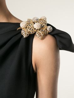 brooches how to wear - Google Search