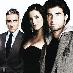 "Miguel #Varoni with the cast of the #Telemundo novela ""Mas Sabe el Diablo"""