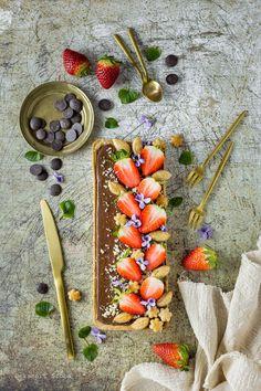 Csokoládés tarte - DESSZERT SZOBA Dairy, Cheese, Food, Essen, Meals, Yemek, Eten