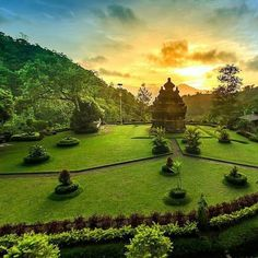 #Selogriyo Temple, a beautiful temple in #Magelang, Central Java, #Indonesia  Photo by: IG @anak_dusun_