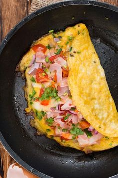 Healthy Omelette, Omelette Roulée, Healthy Dinners For Two, Easy Meals, Healthy Recipes, Gourmet Breakfast, Breakfast Recipes, Plats Healthy, Best Dinner Recipes