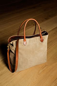 Another great Massimo Dutti bag. LIMITED EDITION SUEDE HANDBAG
