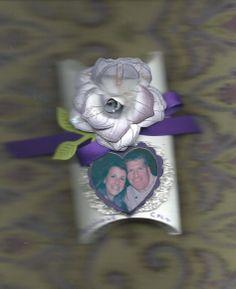 WEDDING FAVOR PILLOW BOX STYLE