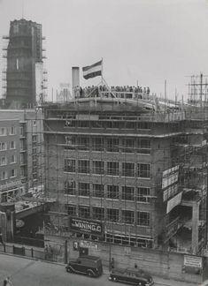 De Nederlanden van 1845 (Café Dudok) | Platform Wederopbouw Rotterdam Rotterdam, Bucharest, Holland, History, Building, Water, Nostalgia, The Nederlands, Gripe Water