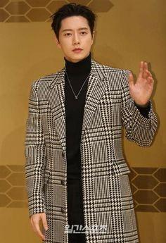 Love Park, Suit Jacket, Jin, Blazer, Suits, Jackets, Dramas, Amazing, Fashion