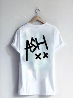#5SOS '#ASH' Band Tee por SOUTHERNVOLTAGE en Etsy, $17.50