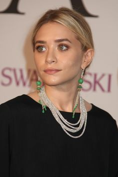 Ashley Olsen's work meeting outfit looks HELLA comfortable and chic — especially those shoes