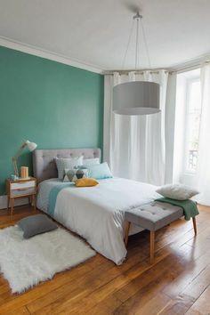Nordischer Stil mit einem Bett mit Kuschelfaktor.   Einrichten ...