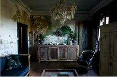 Mad About ... Rough Luxe - Mad About The House: image from desiretoinspire.net debracronindesign