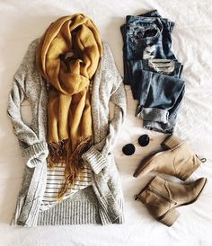 Cute ripped jeans casual outfit stylish outfit ideas for women who love fashion. Casual Fall Outfits, Fall Winter Outfits, Stylish Outfits, Stylish Clothes, Mode Outfits, Fashion Outfits, Womens Fashion, Fashion Ideas, Fashion Clothes