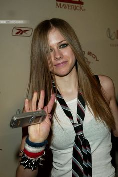 Avril Lavigne. 10 years ago ... Time goes by so fast