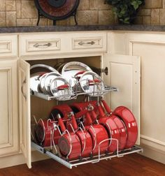 I really like this idea for pan and pan lid storage.