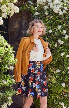 Blouson en cuir moutarde et jupe imprimé à fleurs Style Rock, Couture, Spring Fashion, Hipster, Spring Style, Floral, Skirts, Outfits, Fall