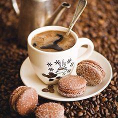 Bom dia Amores  Um café pra começar os trabalhos de quinta