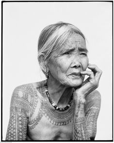 The last woman tattooed Kalinga. Tattooing in this vast region in the Philippines declined in the first half of the 20th century © Jake Verz...