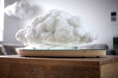 Created in collaboration betweenRichard Clarkson Studio andCrealev,Making Weather is a brilliant project that uses a Levitating Cloud as its main point of interest of the decorative piece.