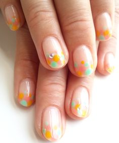 pretty light color dot French tips #nailart