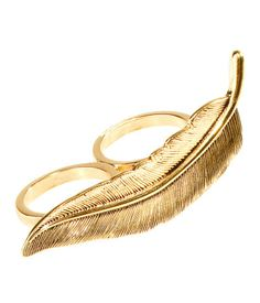 Double finger ring with gold colored metal feather
