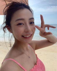 "ugaton♂ on Instagram: ""#宇垣美里 #うがみさ #うがっきー"" Asian Cute, Sexy Asian Girls, Japanese Beauty, Asian Beauty, Backyard Water Fountains, Cute Girls, Cool Girl, Prety Girl, Girls Selfies"