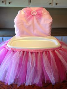 First Birthday Highchair Tutu- idea for ruby dooo