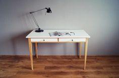 "Prezentowany mebel pochodzi z kolekcji ""Oak and White"". Office Desk, Furniture, Home Decor, Homemade Home Decor, Desk Office, Desk, Home Furnishings, Interior Design, Home Interiors"