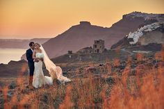 As a destination wedding photographer Santorini has always been high on my list of places to visit and this wedding did not disappoint! Couple Shots, Santorini Wedding, Destination Wedding Photographer, Wedding Couples, Elegant Wedding, Grand Canyon, Places To Visit, Greek, Wedding Photography