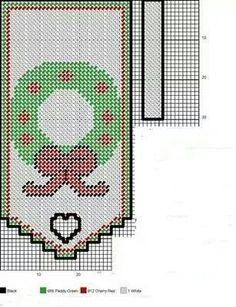 Christmas wreath Plastic Canvas Christmas, Plastic Canvas Crafts, Plastic Canvas Patterns, Tissue Box Covers, Tissue Boxes, Crochet Skull Patterns, Canvas Curtains, Valance Patterns, Santa Face