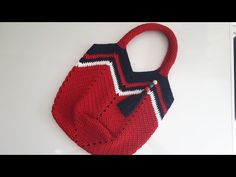 # Tulip # bag # making # - - frauen Mochila Crochet, Crochet Tote, Crochet Handbags, Crochet Purses, Crochet Bikini, Knit Crochet, Painted Baskets, Best Tote Bags, How To Make Homemade