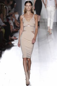 Victoria Beckham Spring 2013 Ready-to-Wear Collection Slideshow on Style.com